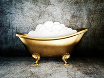 Bathtub. Vintage bathtub in room with grunge wall Royalty Free Stock Photography