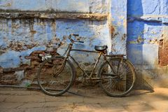 Vintage bicycle with old brick wall royalty free stock photo