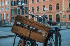 Vintage bicycle with a wooden box saying Wine from German country Stock Photos