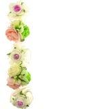 Vintage blanc et fleur rose de tissu sur la gauche d'isolement Images libres de droits