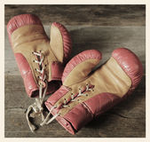Vintage boxing gloves Royalty Free Stock Images