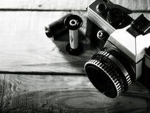 Vintage câmera da foto da película de 35 milímetros Imagens de Stock Royalty Free