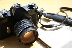 Vintage câmera da foto do filme de 35 milímetros Foto de Stock