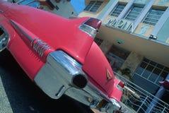 Vintage Cadilac na praia sul Miami, FL Imagem de Stock Royalty Free