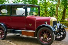Vintage Car - Morris Oxford Bullnose - Side View Stock Photography