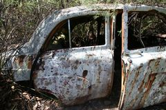VINTAGE CAR WRECKAGE royalty free stock photos