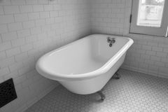 Vintage clawfoot bathtub Royalty Free Stock Photo