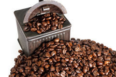 Vintage coffe grinder and beans royalty free stock photos