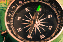 Vintage compass with rope Royalty Free Stock Images