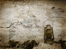 Vintage cracked wall with old lamp Stock Photography