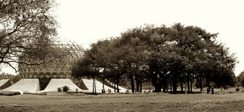 Vintage d'Auroville Matrimandir Photo libre de droits