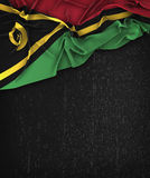 Vintage de drapeau du Vanuatu sur un tableau noir grunge photographie stock libre de droits