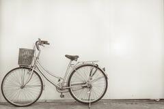 Vintage de la bicicleta Imagen de archivo libre de regalías