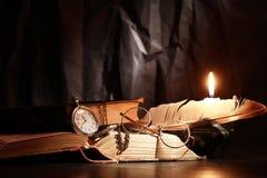 Vintage de la vela de la iluminación Foto de archivo libre de regalías