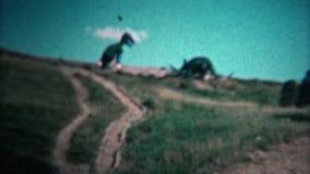 (vintage de 8mm) parc 1966 de dinosaure Black Hills le Dakota du Nord banque de vidéos
