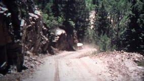 (vintage de 8mm) route 1968 à Crystal City Jeep Drive banque de vidéos