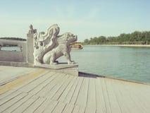 Vintage de pont de palais d'été de Pékin Images libres de droits
