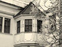 Vintage del castillo de la ventana de arco imágenes de archivo libres de regalías