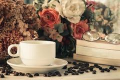 Vintage do copo de café Fotografia de Stock Royalty Free