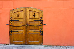 Vintage door. With chain and lock Royalty Free Stock Photo