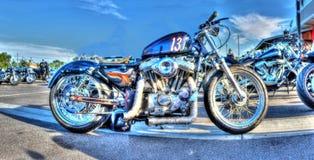 Vintage emballant la moto Photographie stock libre de droits