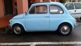 Vintage Fiat azul 500 litros Imagens de Stock