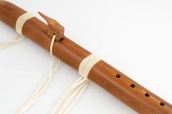 Vintage, flauta primitiva del nativo americano foto de archivo