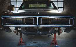Free Vintage Garage With Classic Car Revive Stock Photography - 89706532