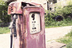 Vintage gasoline pump Royalty Free Stock Photography