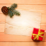 Vintage gift box with blank tag Royalty Free Stock Photos