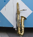 Vintage golden saxphone alone afther a concert Royalty Free Stock Photos