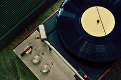 Vintage gramophone with vinyl record Royalty Free Stock Photos