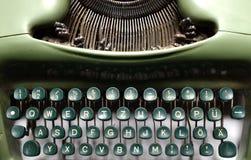 Vintage green typewriter Royalty Free Stock Photography