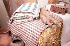 Vintage household items and homespun cloth Royalty Free Stock Photography
