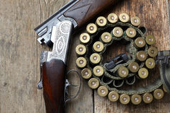 Vintage hunting gun with shells Royalty Free Stock Images