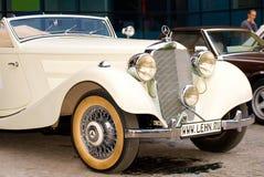 Vintage ivory Mercedes-Benz 320 cabriolet Royalty Free Stock Images