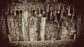 Vintage Keys for sale in Paris Antique Market, Paris, France Royalty Free Stock Photography