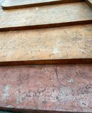 Vintage menos escaleras escarpadas imagenes de archivo