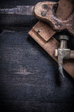 Vintage messy tools on wooden board construction Royalty Free Stock Photos