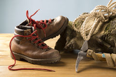 Vintage mountaineering equipment. Old equipment for mountain hikes Stock Photography