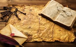 Vintage objects on old paper Royalty Free Stock Photography