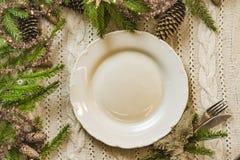 Vintage ou arrangement rustique de table de Noël Vue supérieure Image stock