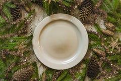 Vintage ou arrangement rustique de table de Noël Vue supérieure Photo libre de droits
