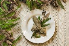 Vintage ou arrangement rustique de table de Noël Vue supérieure Photos libres de droits