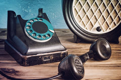 Vintage phone and radio Royalty Free Stock Photography