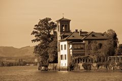 Vintage photo of a beautiful house in italian styl. E on the shore of the Thunersee (Switzerland Stock Photos