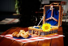 Vintage picnic basket Royalty Free Stock Photo