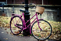 Vintage bike in Amsterodam Royalty Free Stock Photography