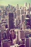 Vintage que califica el horizonte de Chicago Imágenes de archivo libres de regalías