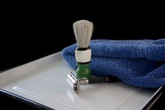 Vintage razor and shaving brush Royalty Free Stock Photos